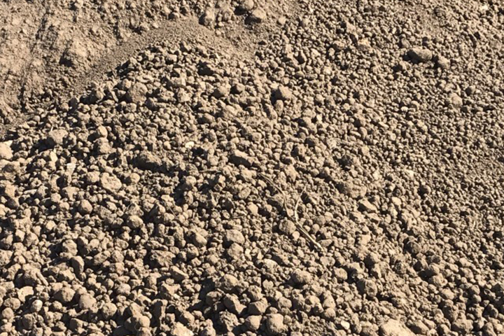 WHAT TYPE OF SOIL IS GOOD FOR A FOUNDATION FOR BUILDINGS OR HOUSES?
